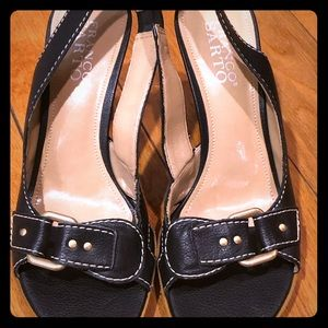 Franco Sarto leather Sandler's with gold buckles